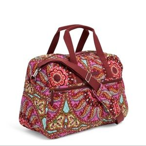 Vera Bradley NWT travel bag